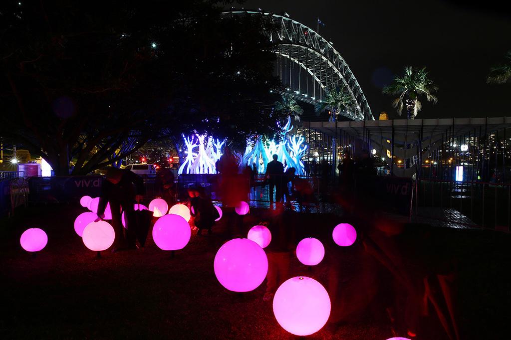 unique led balls at vivid sydney